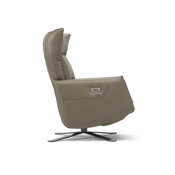 The power motion is offered with a hidden battery pack to complete its seamless and stylish look.  sc 1 st  Mscape Modern Interiors & Natuzzi Editions u2013 Mscape Modern Interiors islam-shia.org